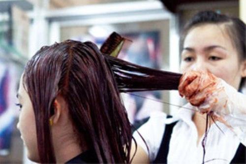 8 lỗi thường gặp khi tự nhuộm tóc tại nhà